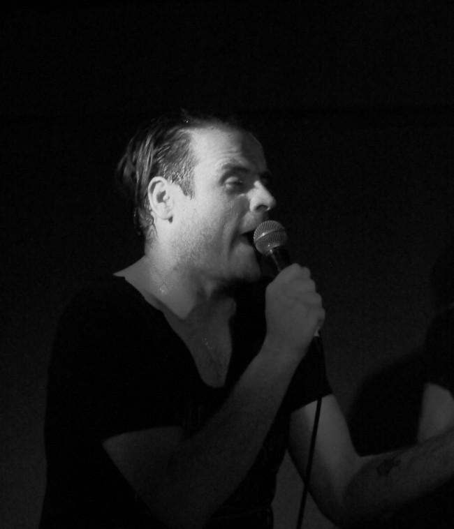 BERICHT: Love A live im Molotow Hamburg, 03.04.2015